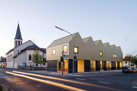 221dog_Netzwerk-Architekten_dezeen_468_5